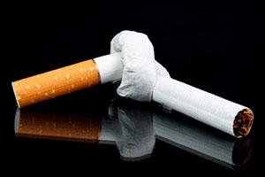 Nikotin Ursache für Zahnverfärbungen